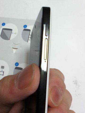 Nexus5 SIMカードの場所